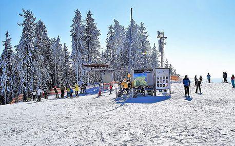 Zimní Lipno v penzionu nedaleko oblíbených skiareálů Kramolín a Frymburk s bazénem a polopenzí