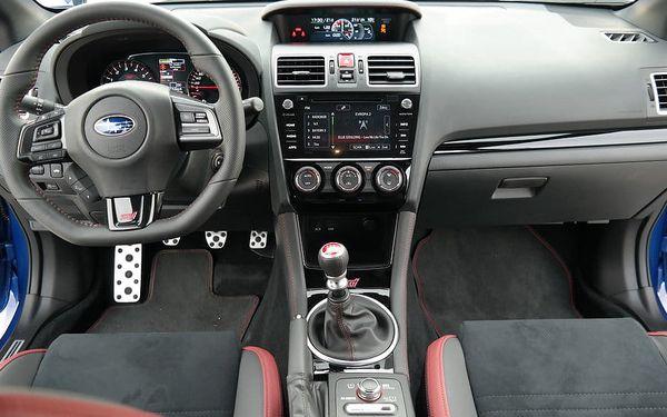 Jízda v Subaru Impreza WRX STI + sprint na letišti, Březina u Mnichova Hradiště, bez paliva, 1 osoba, 20 minut4