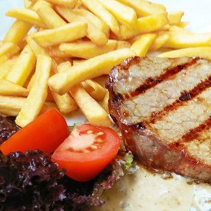 Round steak na grilu, s omáčkou i přílohou