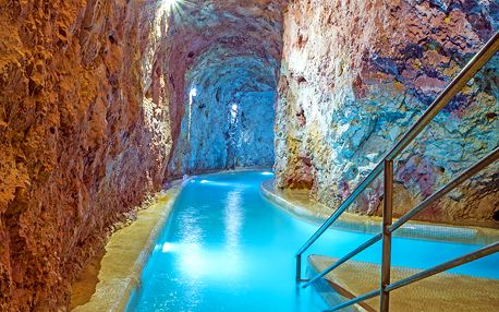 Miskolc-Tapolca v hotelu kousek od jeskynních lázní s wellness neomezeně a polopenzí + dítě do 5,9 zdarma