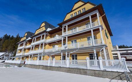 Grand Hotel Strand s plnou penzí a 15 procedurami