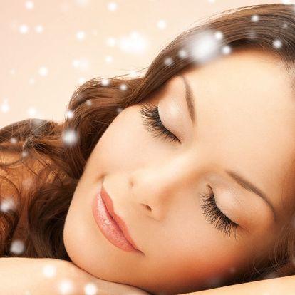 Kosmetika na omlazení obličeje, krku a dekoltu
