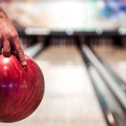 Tatarák pro 4 osoby, 4 piva a 2 hodiny bowlingu