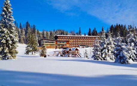 Rodinné lyžování na Slovensku z hotelu Magura přímo u svahu