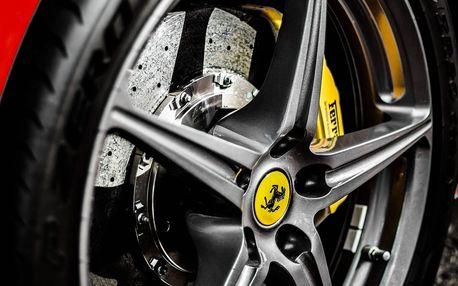 Showcars: 20 minut v supersportu vč. jízdy na letišti: Porsche, Lamborghini, Audi a další