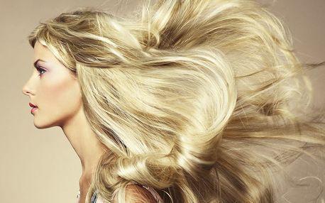 Profesionální dámský střih pro všechny délky vlasů