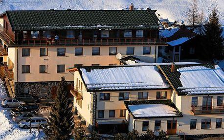 Zimná SKI dovolenka*** na Donovaloch s wellness a vyhrievaným bazénom