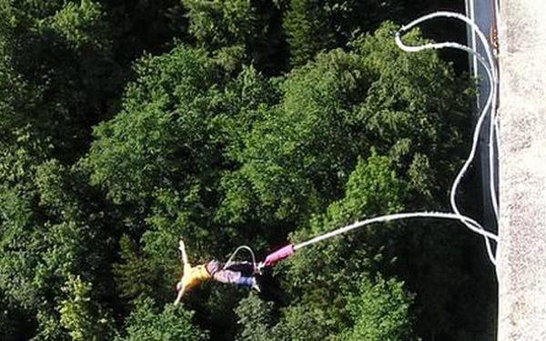 Bungee Jumping z televiziní věže v Harrachově pro 2 osoby3