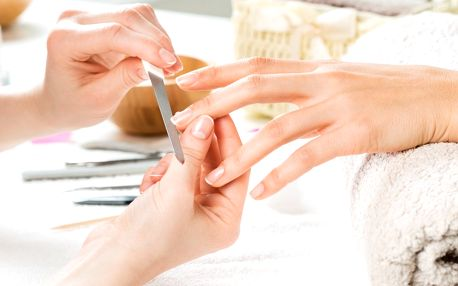 Péče o tělo začíná u rukou: P-shine i masáž