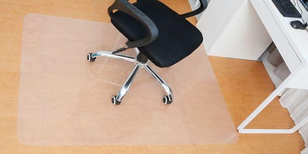 Podložka pod židli 140x100cm mléčná barva4