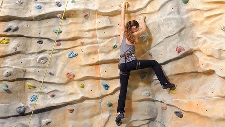 Dvouhodinové lezení na umělé stěně pro 1 i 2 os.