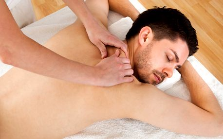 60minutová sportovní masáž pro regeneraci svalů