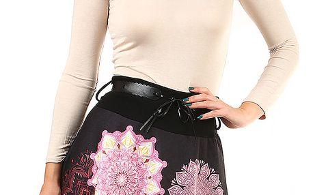 Zimní dámská sukně s potiskem černá