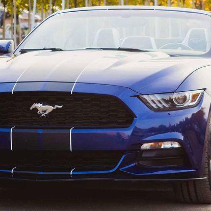 Zapůjčení Fordu Mustang Cabrio na 24 hodin