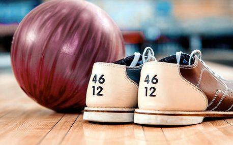 To má koule: 2 hodiny bowlingu až pro 10 osob