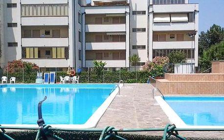 Itálie s bazénem a přímo u pláže na 8 dní
