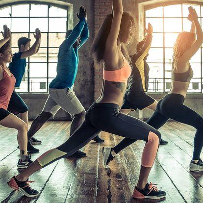 Zbavte se kalorií a stresu: lekce hot jógy
