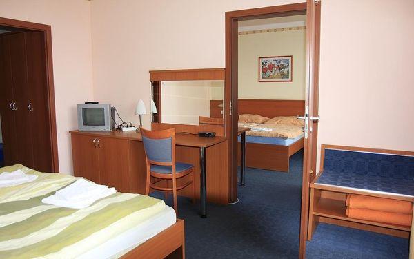 Levný dvoulůžkový pokoj s oddělenými postelemi2