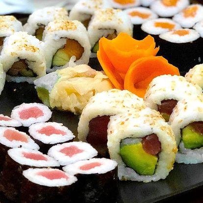 24–68 kusů sushi i s polévkou, salátem a závitky