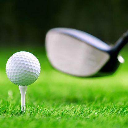 4–6 hodin golfu: trénink i opravdová hra