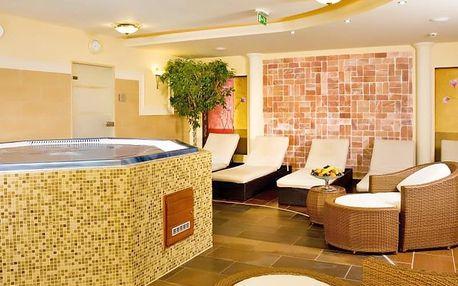 Lázně Győr v hotelu s neomezeným wellness a polopenzí + varianty s celodenním vstupem do lázní