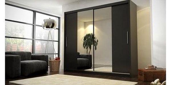 Kvalitní šatní skříň KOLA 4 černá šířka 180 cm Včetně LED osvětlení2