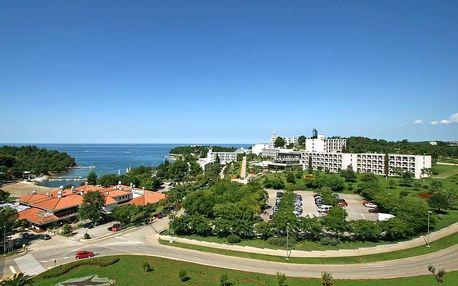 Chorvatsko - Poreč na 10 dní, polopenze s dopravou autobusem, 150 m od pláže