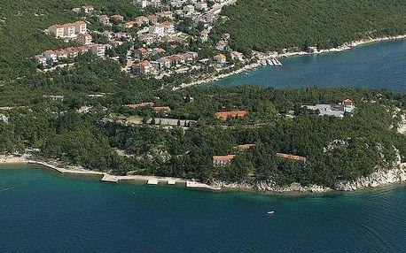 Chorvatsko - Crikvenica na 10 dní, polopenze s dopravou autobusem, 100 m od pláže