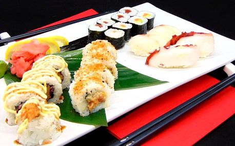 Sushi sety s 18 či 20 kousky: chobotnice i tuňák