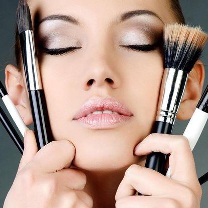 Profesionální make-up či kurz líčení pro dva