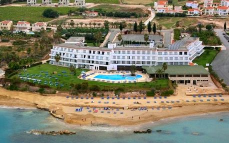 Kypr - Coral Bay na 8 dní, polopenze s dopravou letecky z Prahy, přímo na pláži