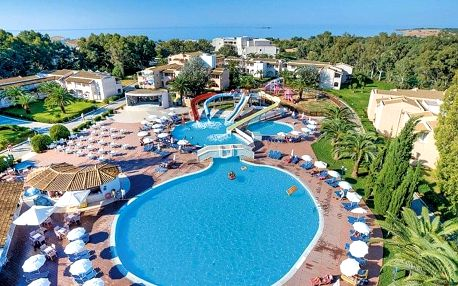 Řecko - Korfu na 7 dní, all inclusive s dopravou letecky z Prahy, přímo na pláži