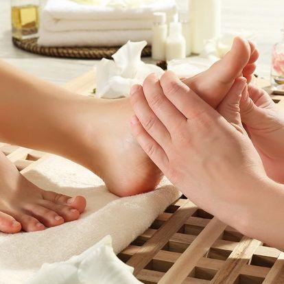 Zimní prohřátí: Uvolňující bylinná masáž nohou