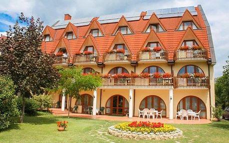 Hévíz v Hotelu Ágnes *** s wellness, vstupem k termálnímu jezeru a polopenzí