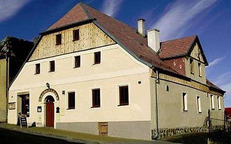 Ubytování v Penzionu Plzeňka pro dva, Snídaně, obědový balíček na výlety, káva nebo čaj.