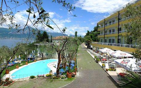 Lago di Garda, hotel Internazionale přímo u proslulého jezera s polopenzí a bazénem