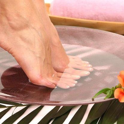 Mokrá či suchá pedikúra pro dámy i pány