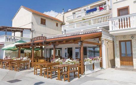 Chorvatsko - Severní Dalmácie na 8 dní, polopenze nebo snídaně s dopravou vlastní, 30 m od pláže