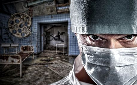 Napínavá úniková hra v ordinaci šíleného doktora