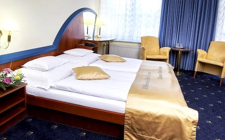 Hotel Eroplán**** v Rožnově pod Radhošťem s wellness a polopenzí