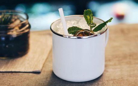 Koktejly s absinthem i klasické s vodkou či rumem