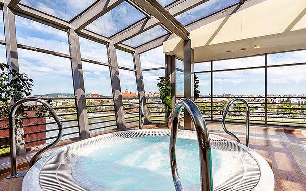 Krakov v přepychu: 4* hotel v centru města s neomezeným vstupem do wellness a fitness + bufetové snídaně