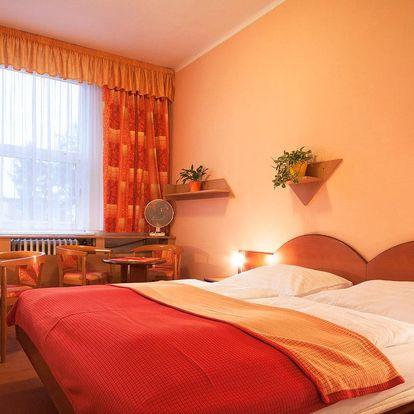 Hotel Baťov*** u zlínského Baťova kanálu s polopenzí a platností po celý rok