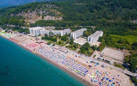 Černá Hora - Sutomore na 8 dní, all inclusive s dopravou letecky z Prahy, přímo na pláži