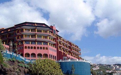 Madeira - Caniço na 8 dní, polopenze nebo snídaně s dopravou letecky z Prahy, přímo na pláži