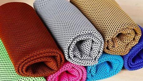 Chladicí ručník. Ručník se začne ihned ochlazovat a poskytne vám dokonalé osvěžení.