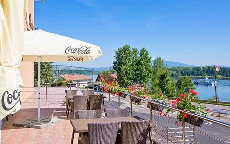 Slovensko: Hotel Slanica na břehu Oravské přehrady s polopenzí + welcome drink