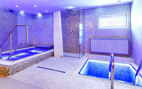 2 hodiny klidu v privátní vířivce a sauně pro dva