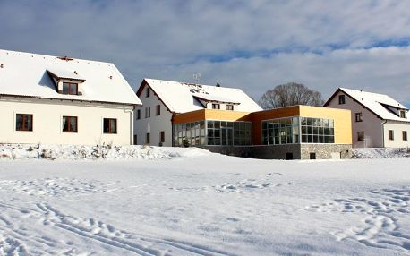 Hotel Orsino**** na břehu Lipna s wellness, zimní i jarní sezóna