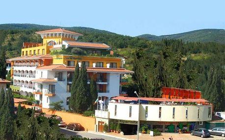 Bulharsko - Slunečné Pobřeží na 7 až 8 dní, plná penze nebo polopenze s dopravou letecky z Pardubic nebo Prahy, 80 m od pláže